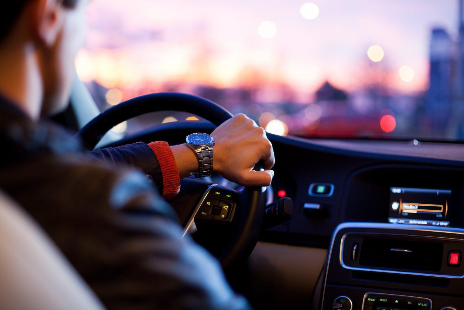 Od ilu lat można robić prawo jazdy?